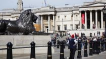 Trafalgar Square, London, Landseer Lions, London tourism