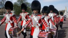 Changing of the Guard, Buckingham Palace, London, London tourism