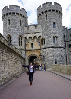 Windsor Castle, Elizabeth McSheffrey, Elizabeth Around the World