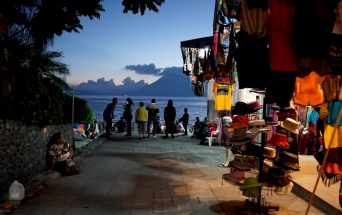 Panajachel, Calle Santander, Lake Atitlan, Guatemala, Guatemala itinerary, things to see in Panajachel, Lake Atitlan itinerary, villages of Lake Atitlan, Panajachel nightlife, michelada, Calle de la Playa, Guatemalan Food