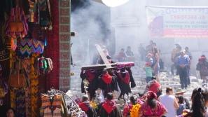 Chichicastenango, Chichcastenango Market, Chichicastenango tourism, tourism Guatemala, Guatemala itinerary, travel Guatemala, Maya women, Maya people, guipils, huipils, Iglesia Santo Tomas
