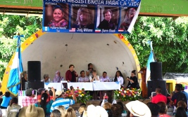 Casillas, Santa Rosa, blockade, Minera San Rafael, Elizabeth McSheffrey, Elizabeth Around the World, mining, activism, human rights