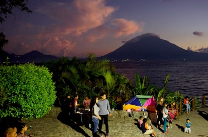 Panajachel, Calle Santander, Lake Atitlan, Guatemala, Guatemala itinerary, things to see in Panajachel, Lake Atitlan itinerary, villages of Lake Atitlan, Panajachel nightlife, michelada, Calle de la Playa