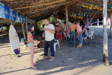Elizabeth McSheffrey, Elizabeth Around the World, Playa El Zonte, El Cuco, El Salvador, travel El Salvador, El Salvador itinerary, backpacking El Savador,